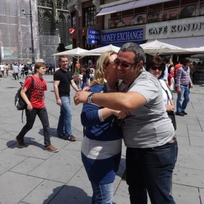 Free Hugs Vienna 08 June 2013 010