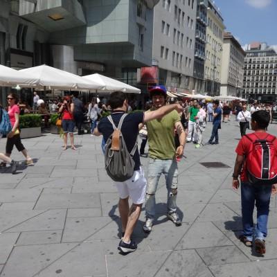 Free Hugs Vienna 08 June 2013 012
