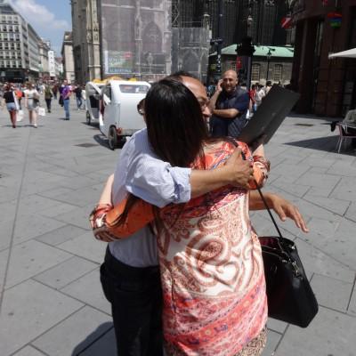 Free Hugs Vienna 08 June 2013 017