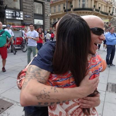 Free Hugs Vienna 08 June 2013 030