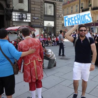 Free Hugs Vienna 08 June 2013 038