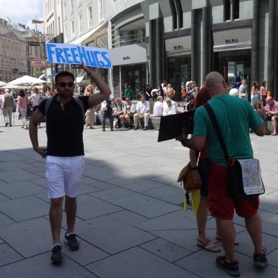 Free Hugs Vienna 08 June 2013 041