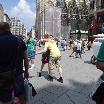 Free Hugs Vienna 08 June 2013 043
