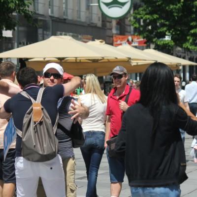 Free Hugs Vienna 08 June 2013 090