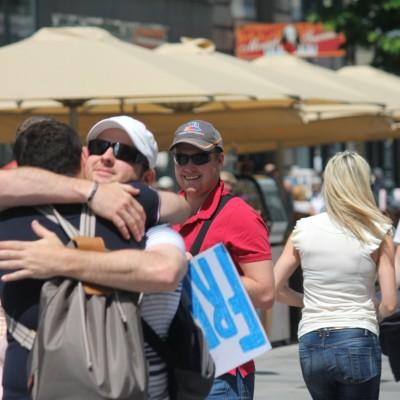 Free Hugs Vienna 08 June 2013 091