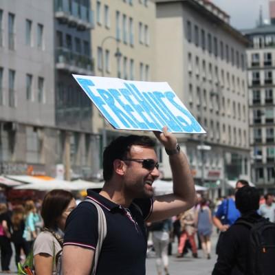 Free Hugs Vienna 08 June 2013 101