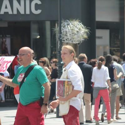 Free Hugs Vienna 08 June 2013 105