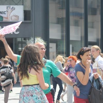 Free Hugs Vienna 08 June 2013 111