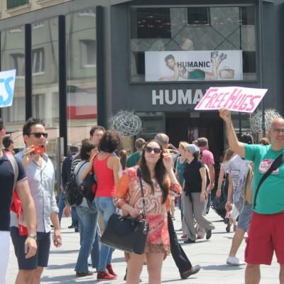 Free Hugs Vienna 08 June 2013 114