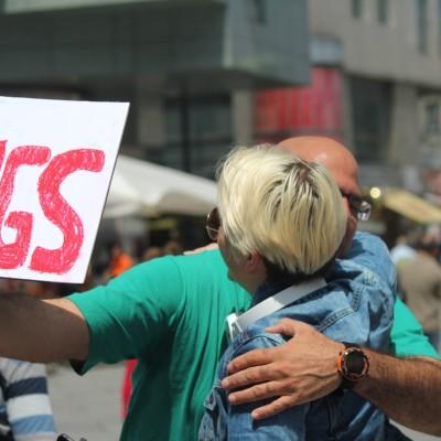 Free Hugs Vienna 08 June 2013 139