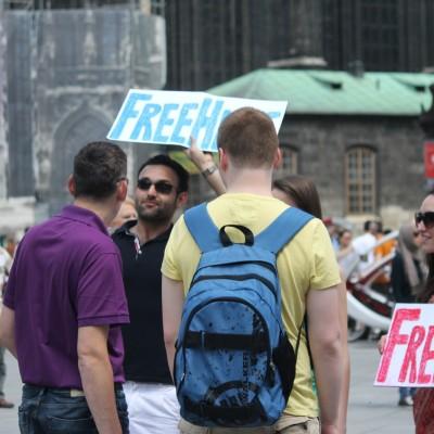 Free Hugs Vienna 08 June 2013 179