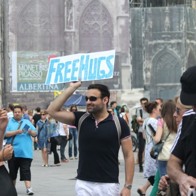 Free Hugs Vienna 08 June 2013 183