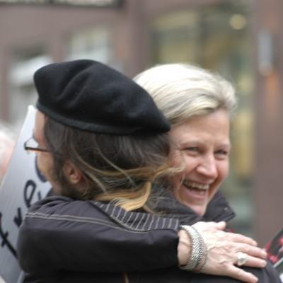 Free Hugs Vienna 20 April 2013 014