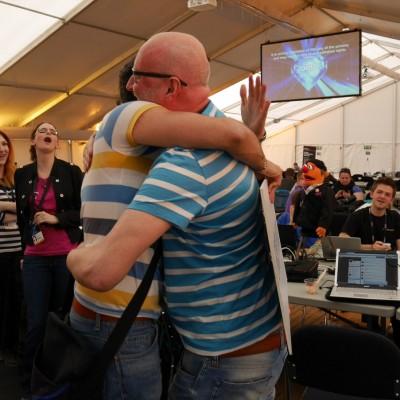 Free Hugs Vienna 03 May 2014 005