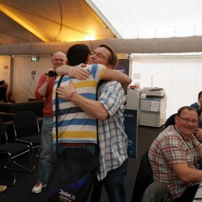 Free Hugs Vienna 03 May 2014 014