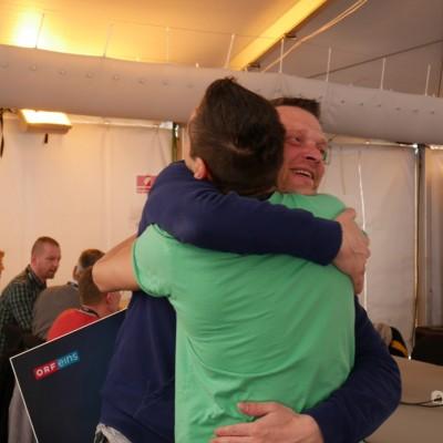 Free Hugs Vienna 03 May 2014 030