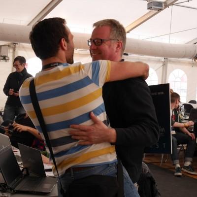 Free Hugs Vienna 03 May 2014 039