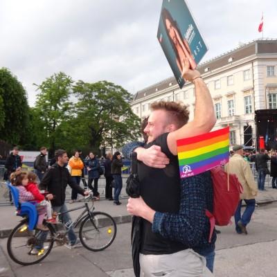 Free Hugs Vienna 18 May 2014 020