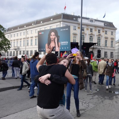 Free Hugs Vienna 18 May 2014 021