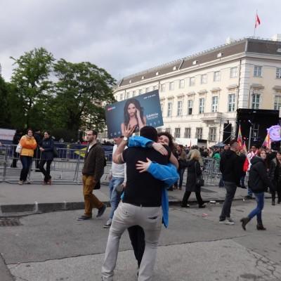Free Hugs Vienna 18 May 2014 022