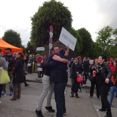 Free Hugs Vienna 18 May 2014 031