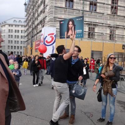 Free Hugs Vienna 18 May 2014 049
