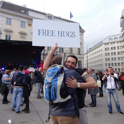 Free Hugs Vienna 18 May 2014 050
