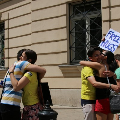 Free Hugs Vienna 24 May 2014 015