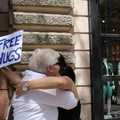 Free Hugs Vienna 24 May 2014 038