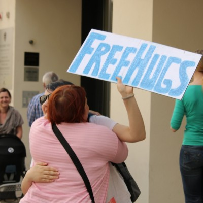 Free Hugs Vienna 24 May 2014 073