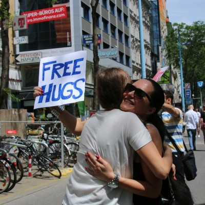 Free Hugs Vienna 24 May 2014 140