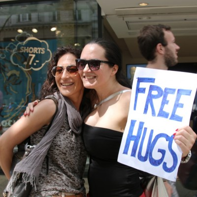 Free Hugs Vienna 24 May 2014 203