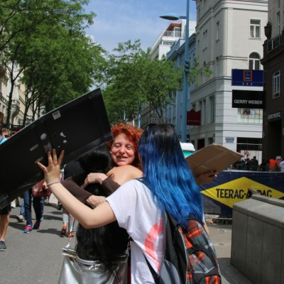 Free Hugs Vienna 24 May 2014 240