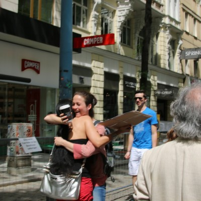 Free Hugs Vienna 24 May 2014 247