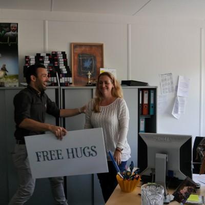 Free Hugs Vienna 28 April 2014 031