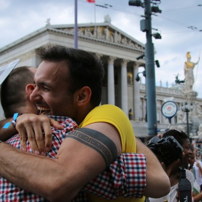 Free Hugs Vienna 14 June 2014 044