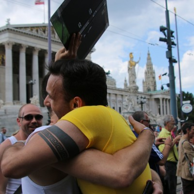 Free Hugs Vienna 14 June 2014 047
