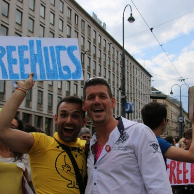 Free Hugs Vienna 14 June 2014 082