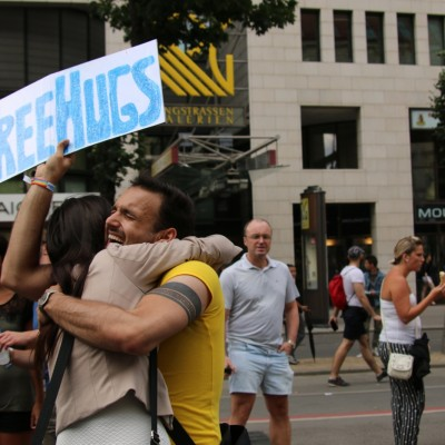 Free Hugs Vienna 14 June 2014 220