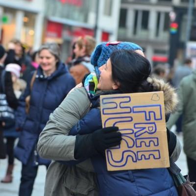 Free Hugs Vienna 23 November 2014  022