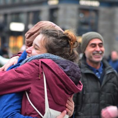 Free Hugs Vienna 23 November 2014  028