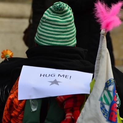Free Hugs Vienna 23 November 2014  034
