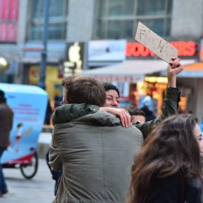 Free Hugs Vienna 23 November 2014  042