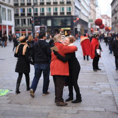 Free Hugs Vienna 23 November 2014  052