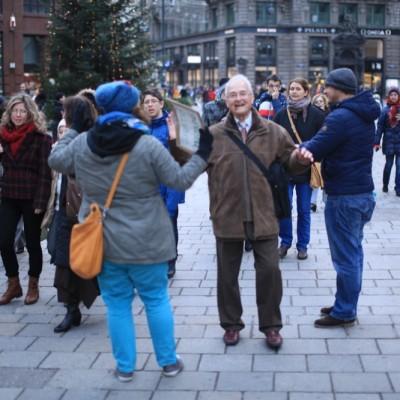 Free Hugs Vienna 23 November 2014  070