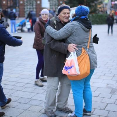 Free Hugs Vienna 23 November 2014  071