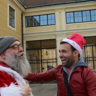 Free Hugs Vienna 21 December 2014  005