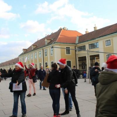 Free Hugs Vienna 21 December 2014  015