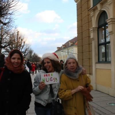 Free Hugs Vienna 21 December 2014  020