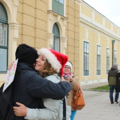 Free Hugs Vienna 21 December 2014  028